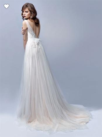 Vestido de novia Edelin de espalda descubierta v con encaje bordado y falda de tul