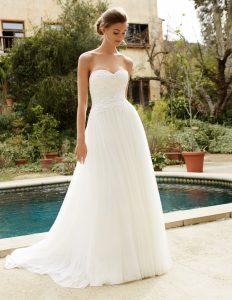 Vestido de novia Euria de encaje y tul strapless